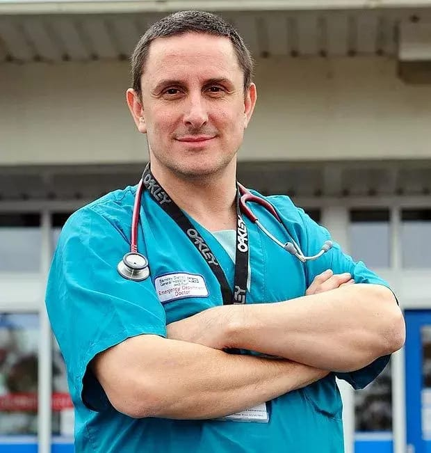 Medical students graduate early from Sheffield to work for NHS