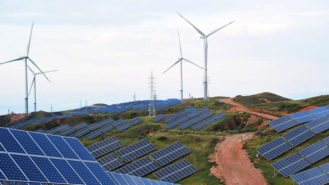 Study Says Renewable Energy Overtakes Fossil Fuels in Powering The UK