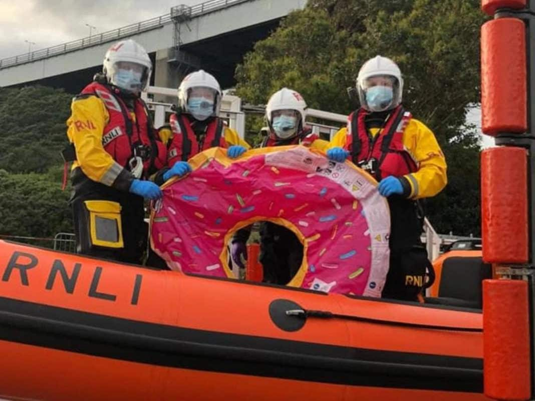 Teenagers on inflatable doughnut rescued from sea