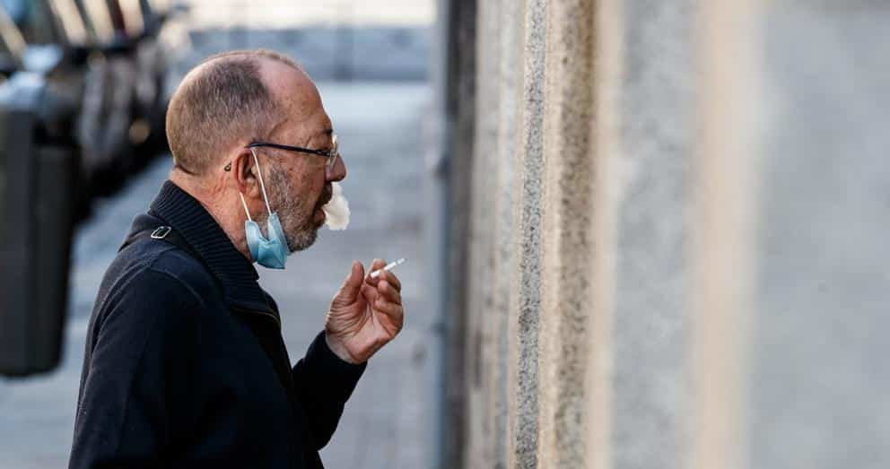 Spain's Galicia region bans smoking over COVID-19 risk