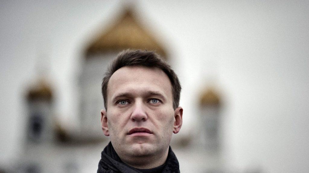 Alexei Navalny poisoned with novichok nerve agent, says Germany