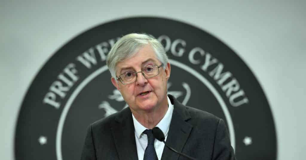 Wales akan kembali ke aturan penguncian terberat dengan'pemecah api' virus