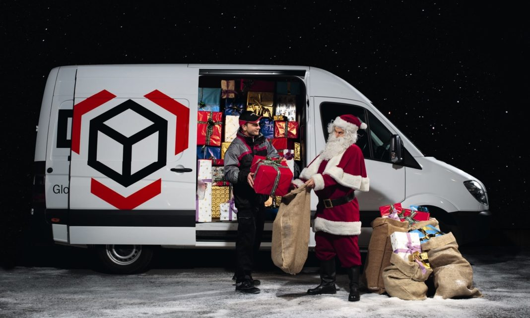 Christmas deliveries 'may not arrive on time' due to COVID-19 and Brexit