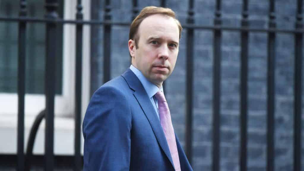 Inggris menyetujui penggunaan vaksin Pfizer COVID-19 untuk dimulai minggu depan