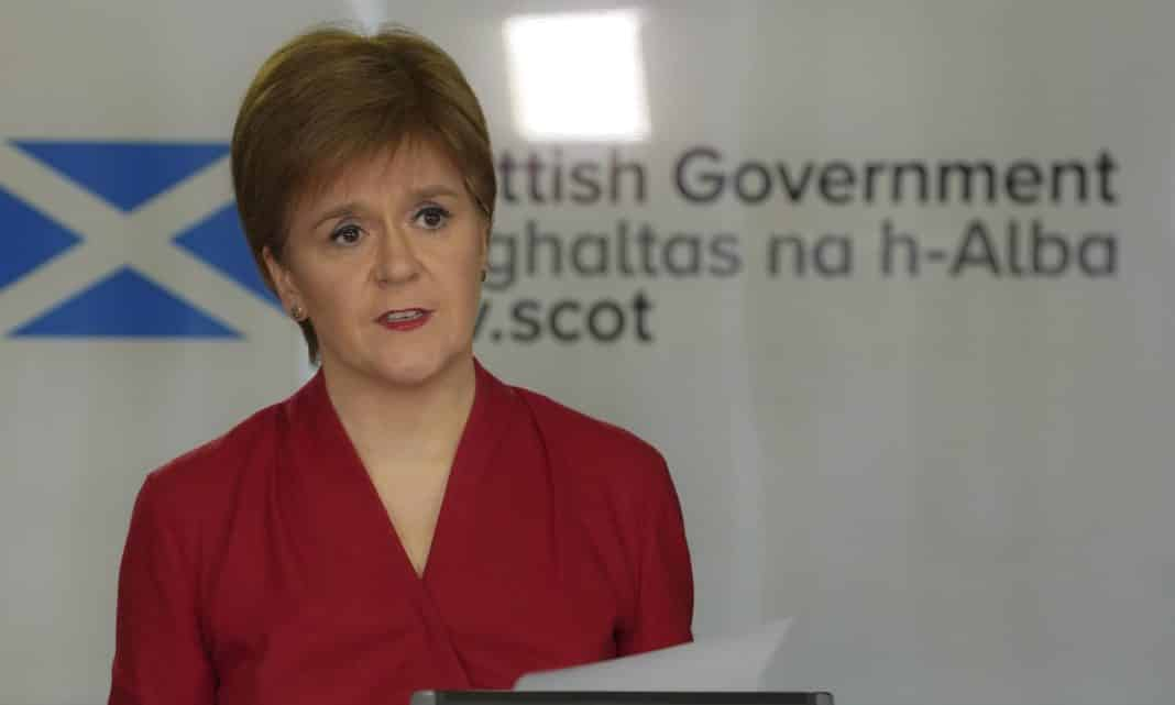 People in Scotland ordered to stay at home in new lockdown