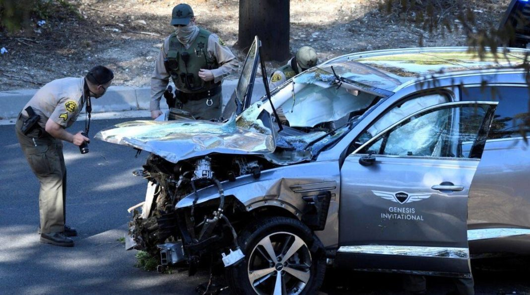 Tiger Woods 'lucky to be alive' following car crash