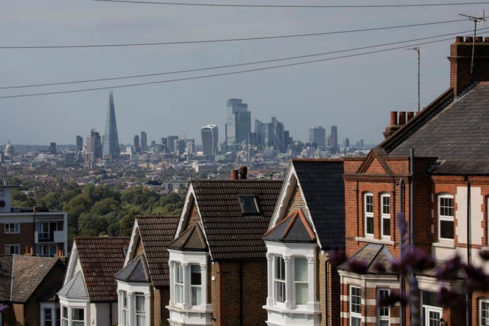 Average UK housing price rises by 8.5% to hit record high in December