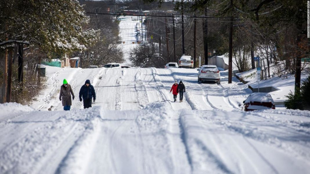 Winter freeze leaves twenty dead and millions without power in US