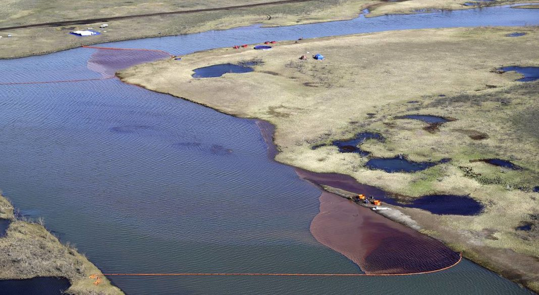 Russian firm pays a record fine over Arctic oil spill
