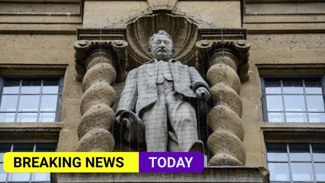 Oxford lecturers boycott college over statue decision