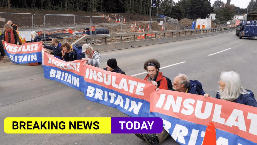25 arrests as protesters blockade motorway again