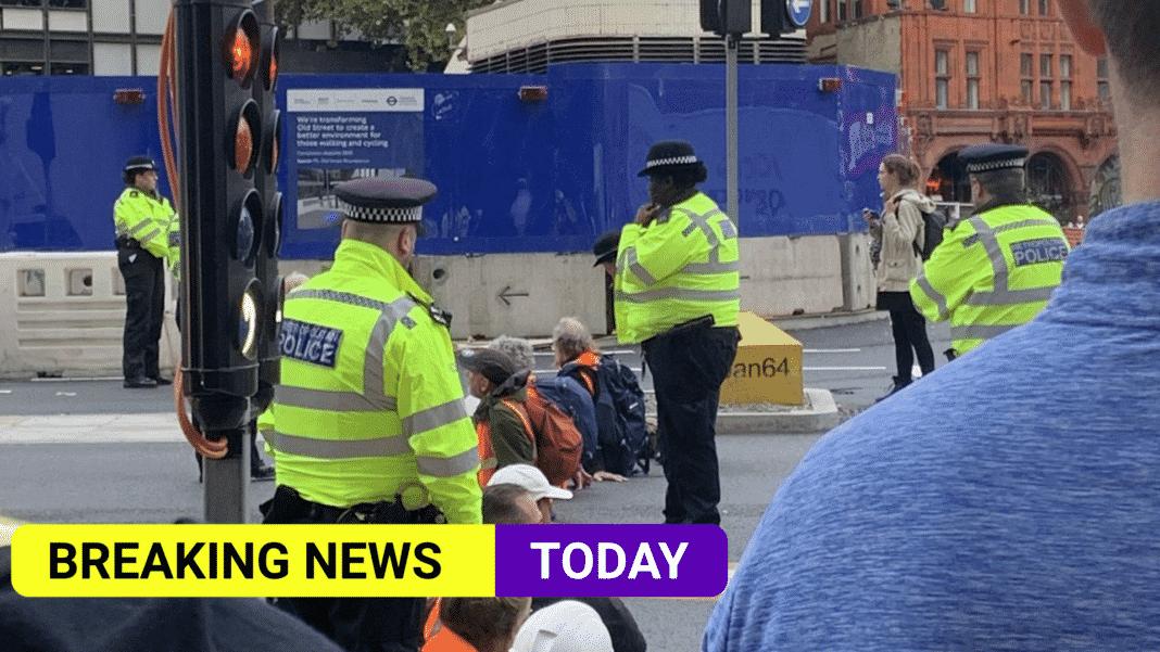 Insulate Britain blocks M25 to demand insulation of UK homes